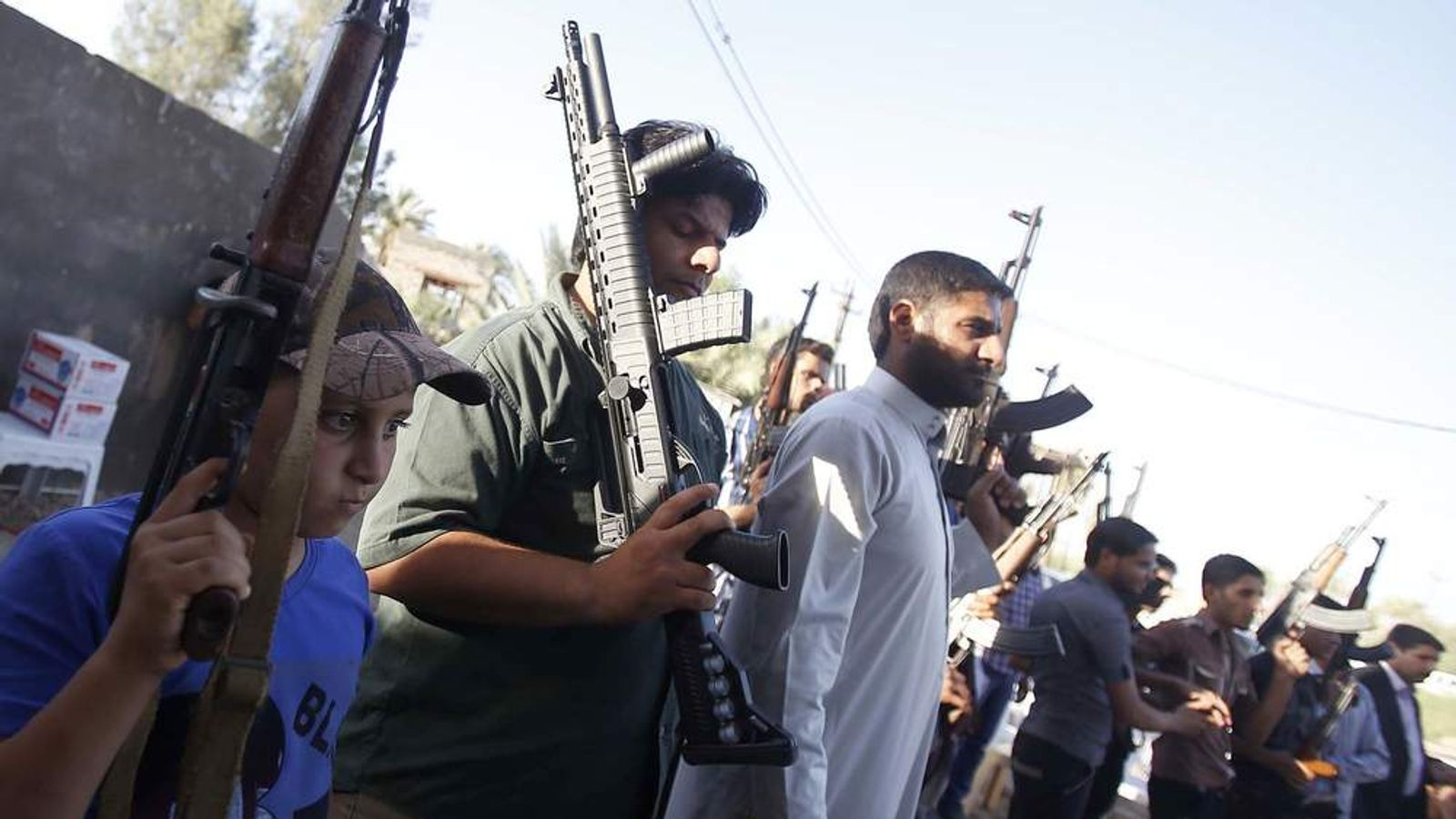 IRAQ-UNREST-VOLUNTEERS