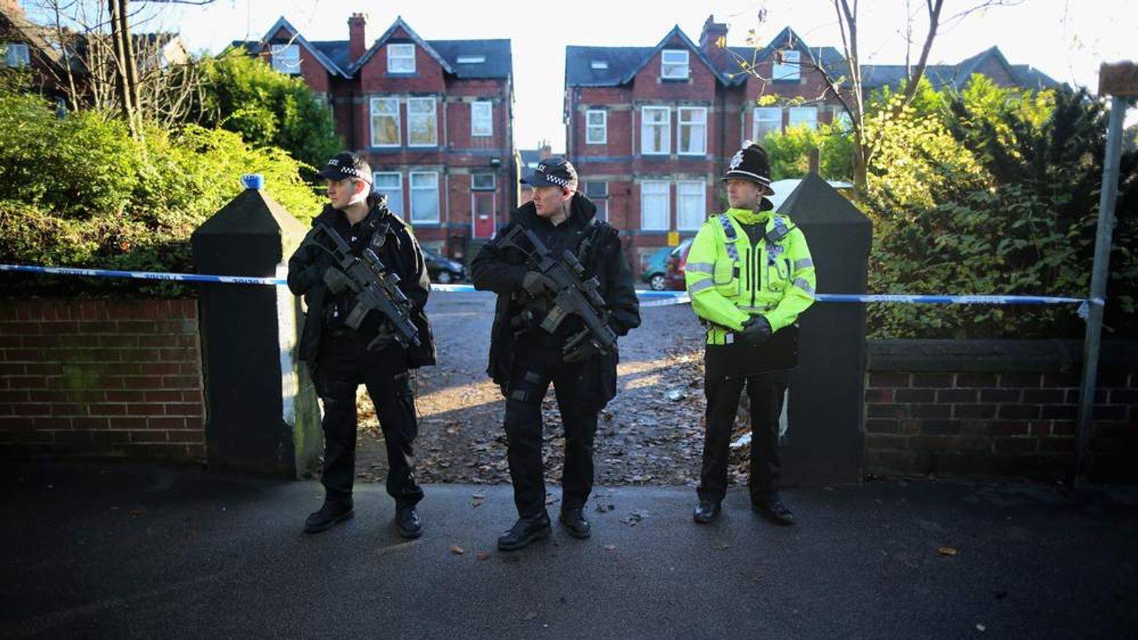 Policeman Manhunt For James Leslie After Shooting In Leeds