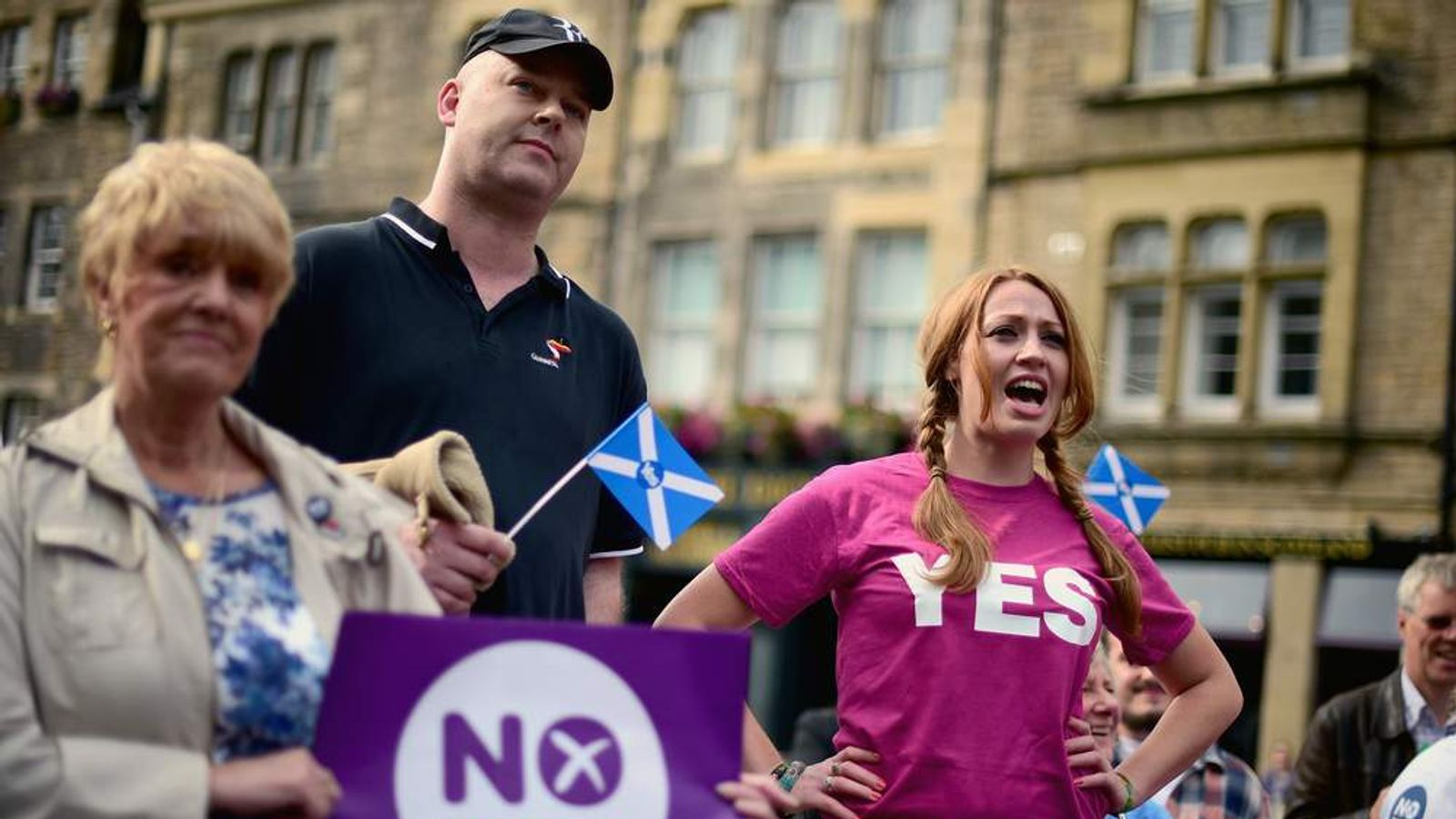 Recent Polls Show The Yes Campaign Edging Ahead.