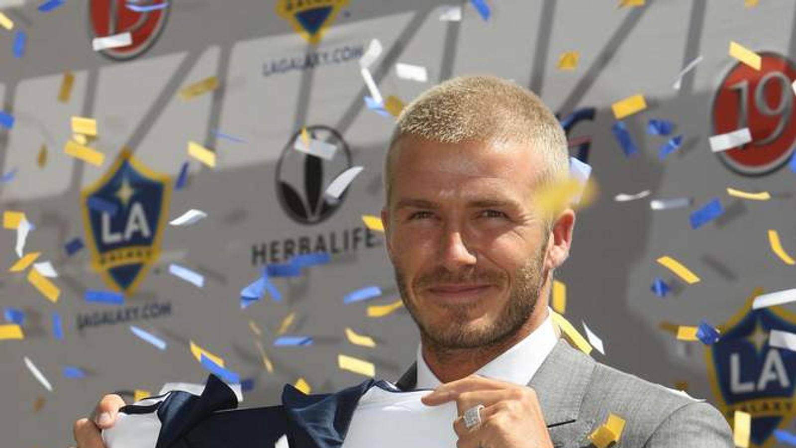 David Beckham announced as an LA Galaxy player