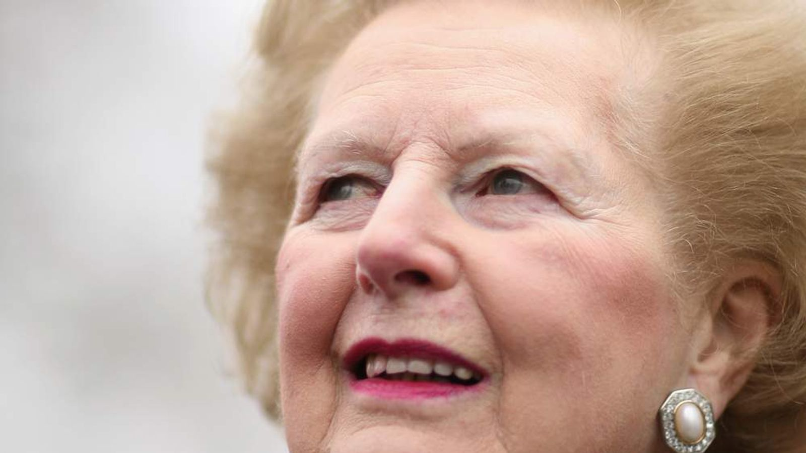 Margaret Thatcher Officially Names The New Infirmary Building