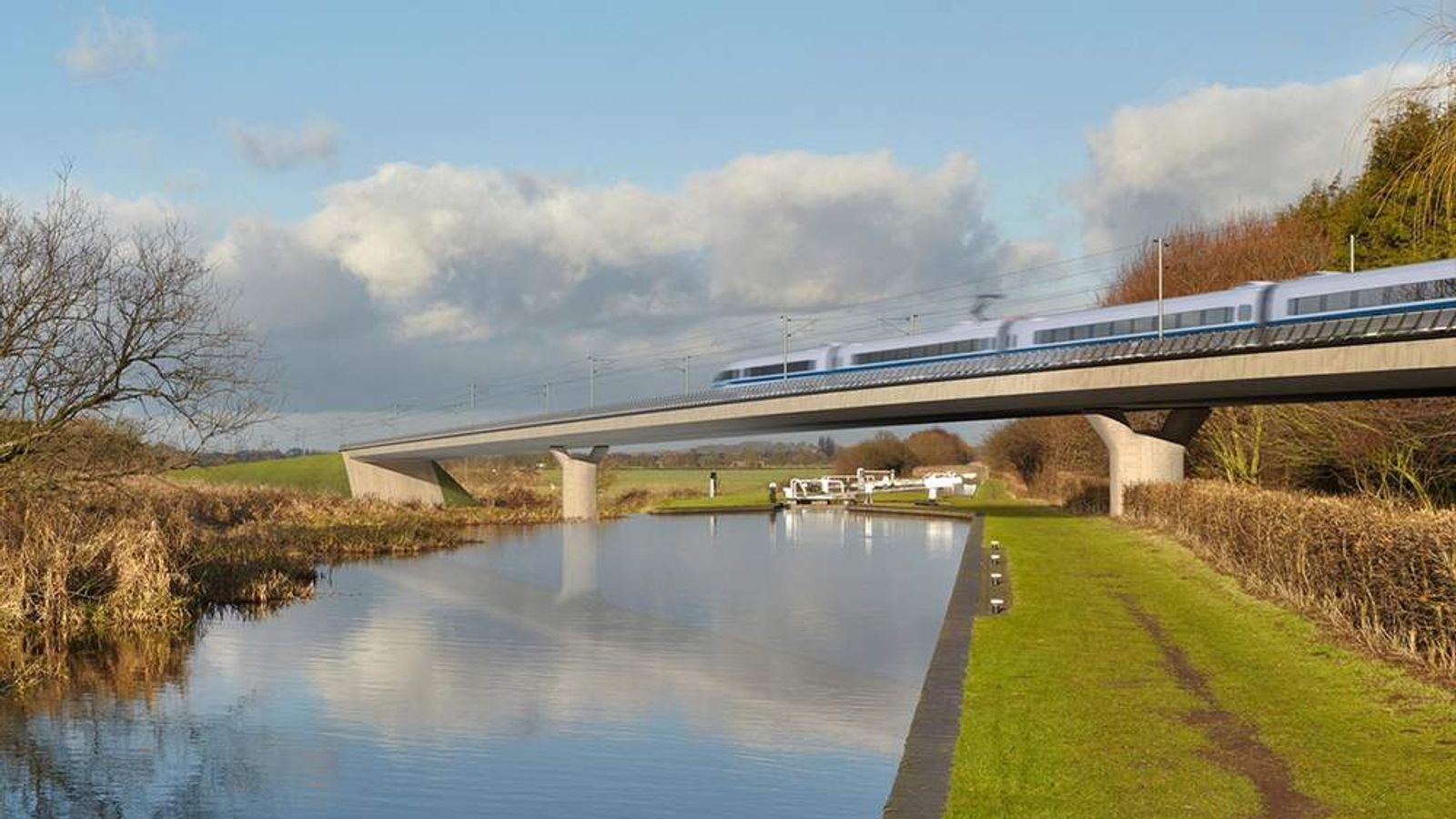 HS2 high-speed route over Fazeley viaduct