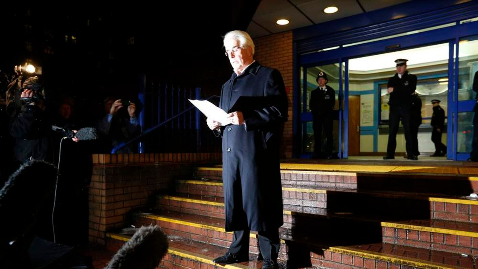 Max Clifford leaves Belgravia police station