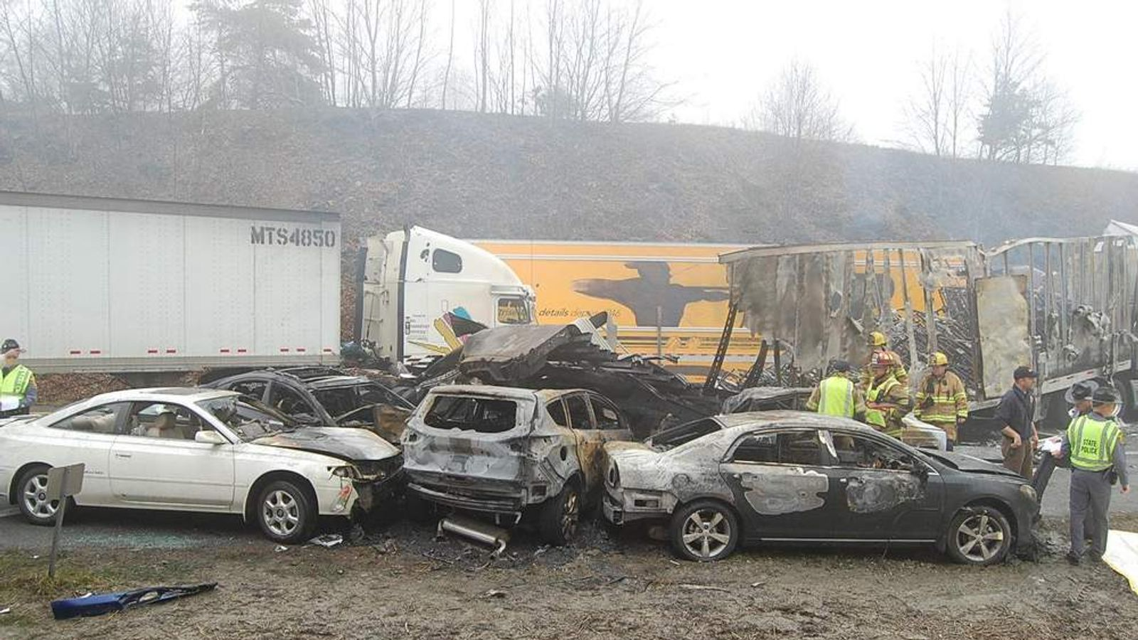 95-vehicle pileup Interstate 77