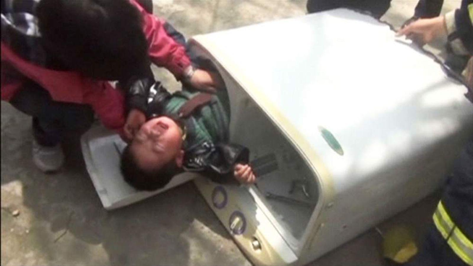 Boy got stuck in washing machine in China's Jiangsu Province