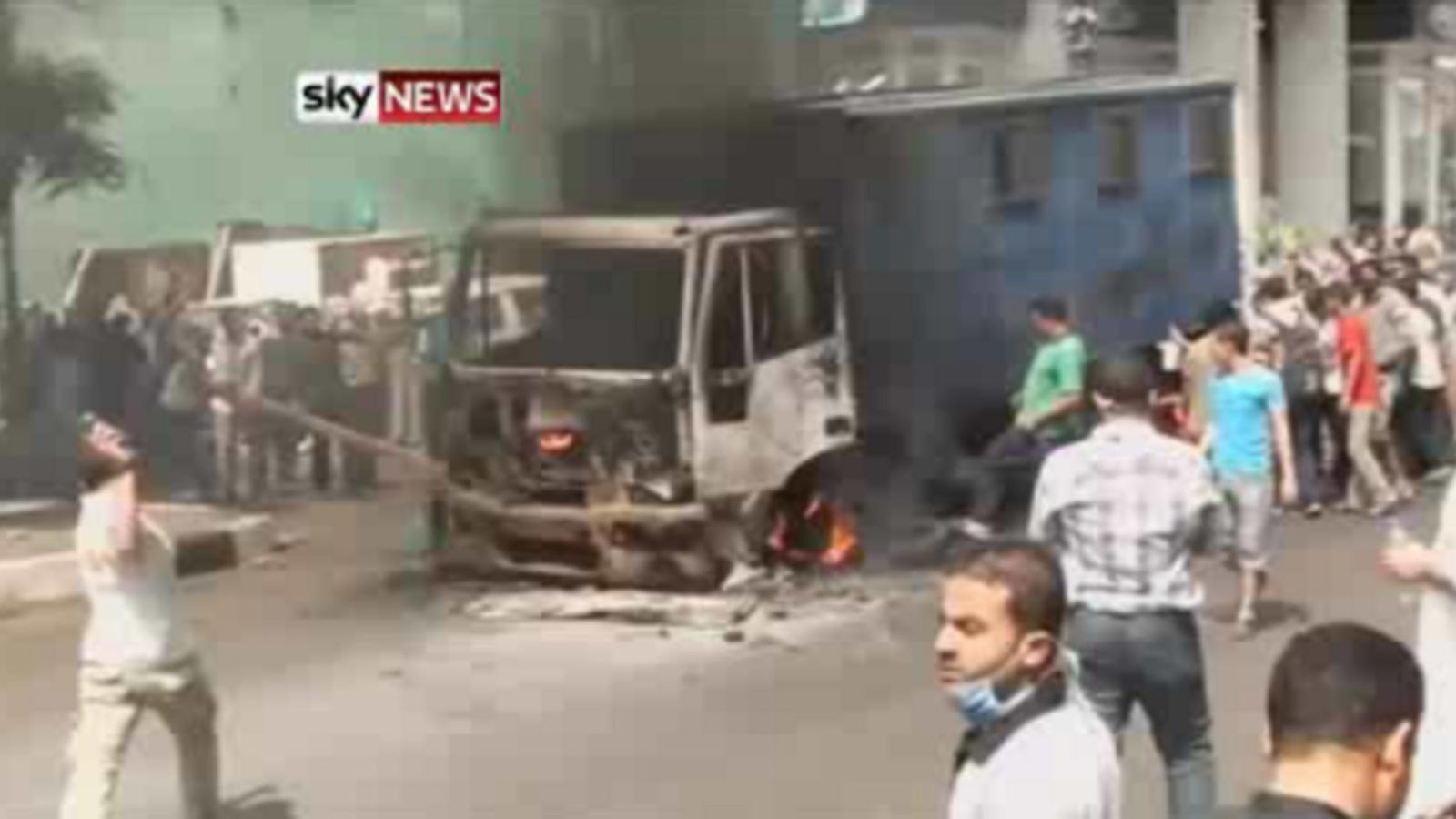 Egypt: burning vehicles