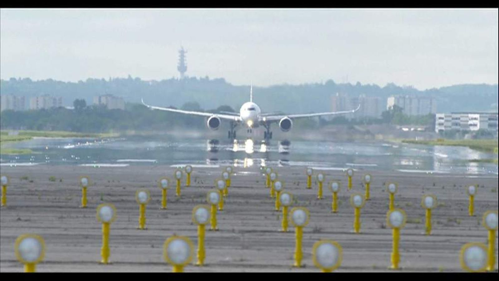 Airbus A350 takeoff on maiden flight