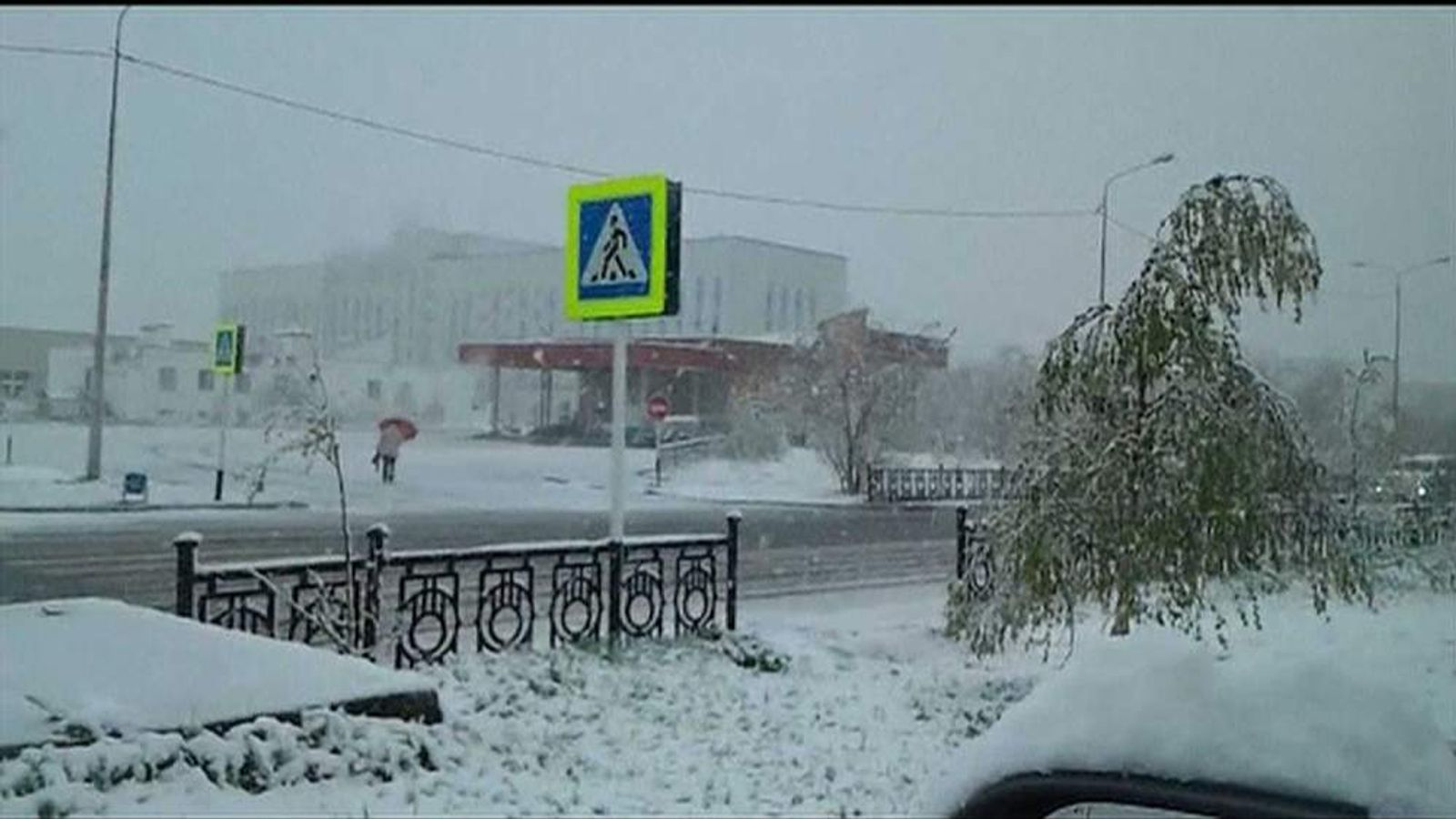 A snow covered street in Nadym.