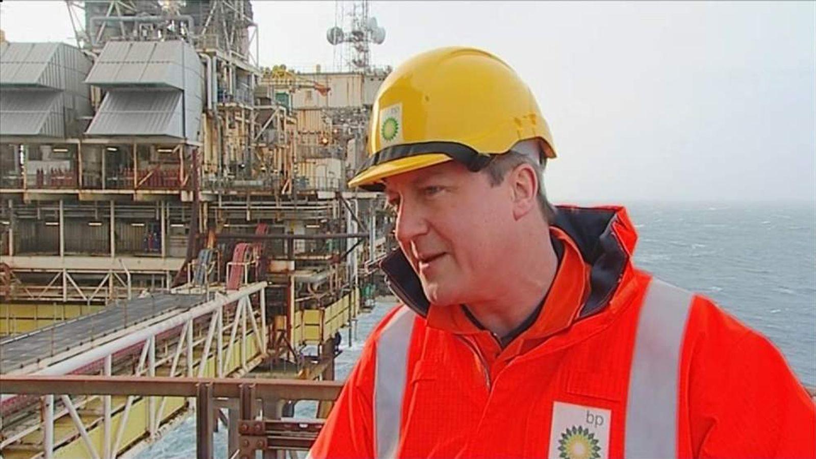 240214 UK POL David Cameron North Sea Oil Rig BP