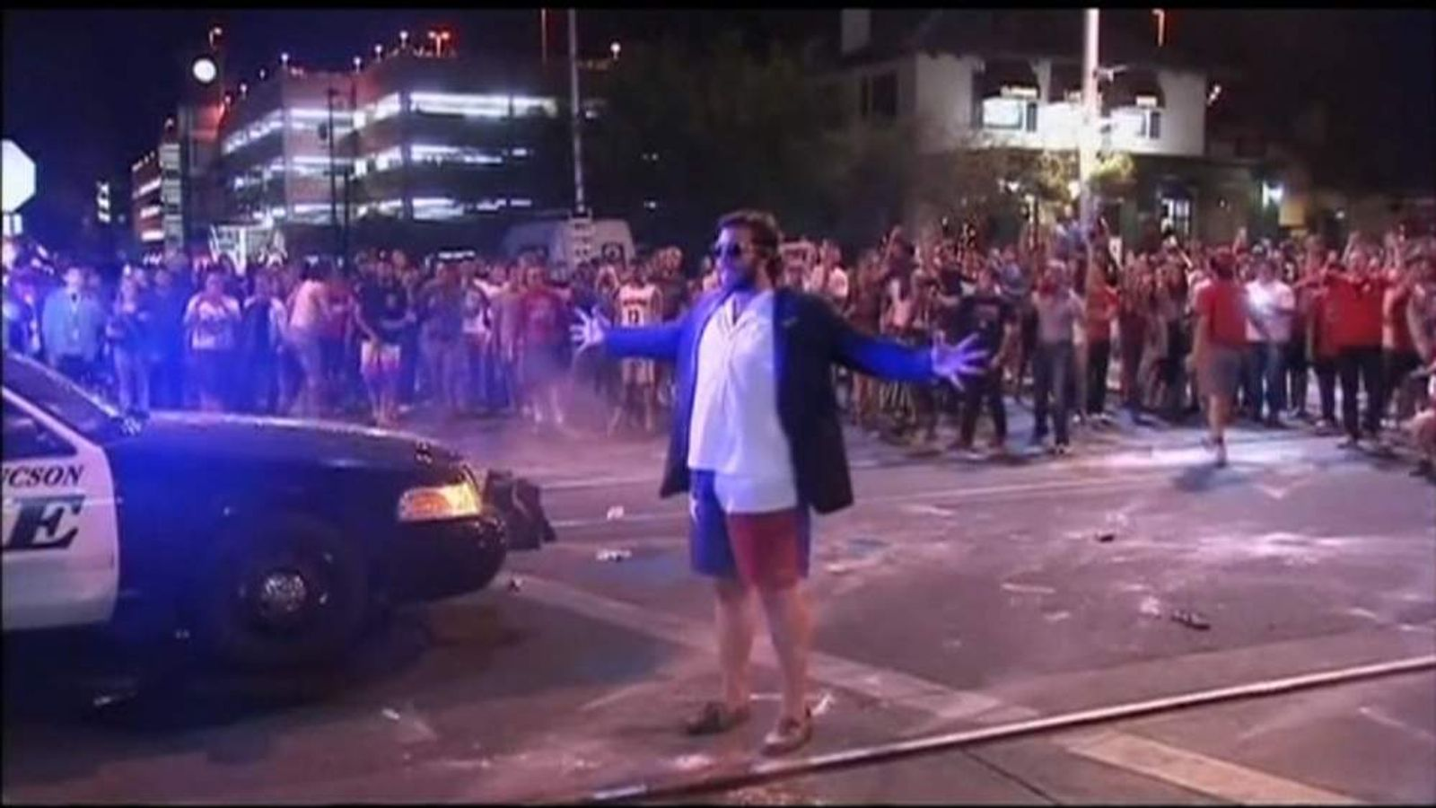 Students from University of Arizona riot after their team lost