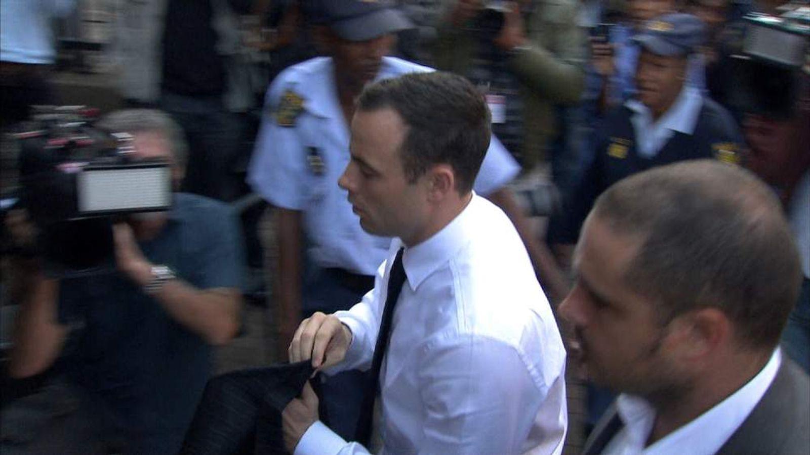 Pistorius court arrival
