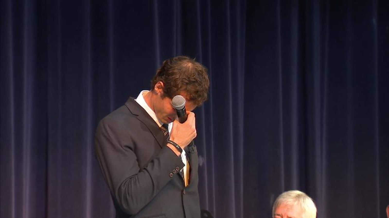 Andy Murray Breaks Down As He Is Given The Freedom Of The City Of Stirling