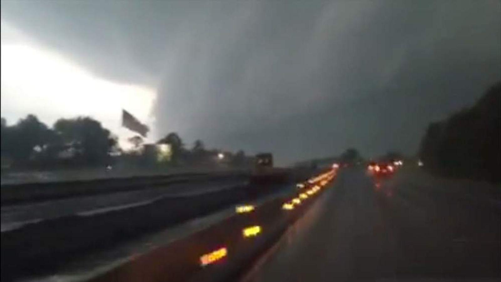 Arkansas tornado police cruiser dashcam video