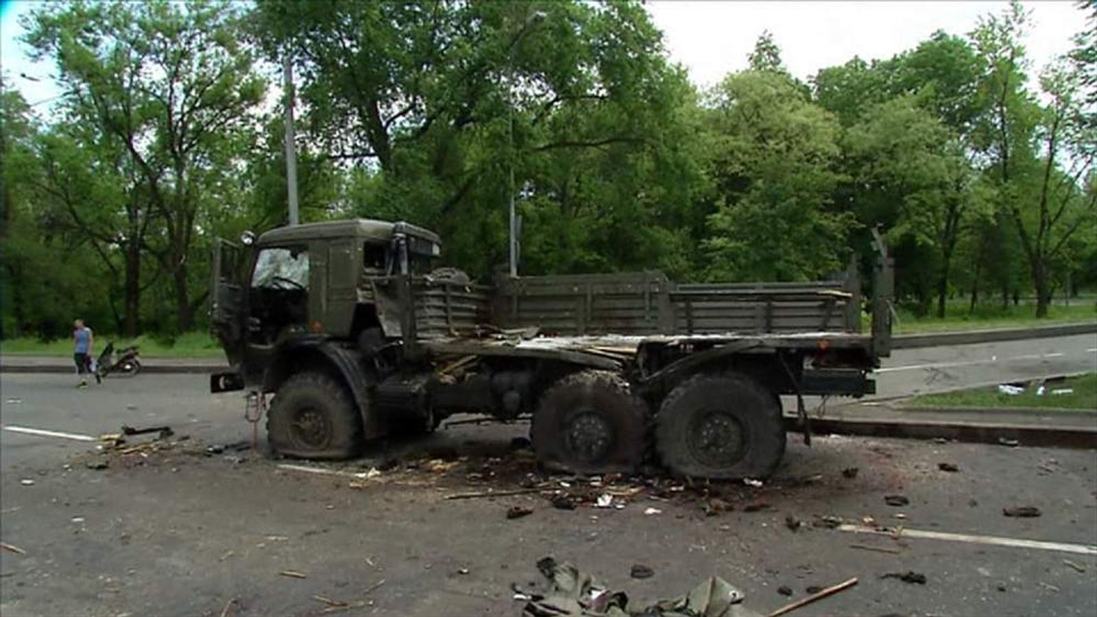 Vehicle damaged in fighting between Ukraine govt forces and militants