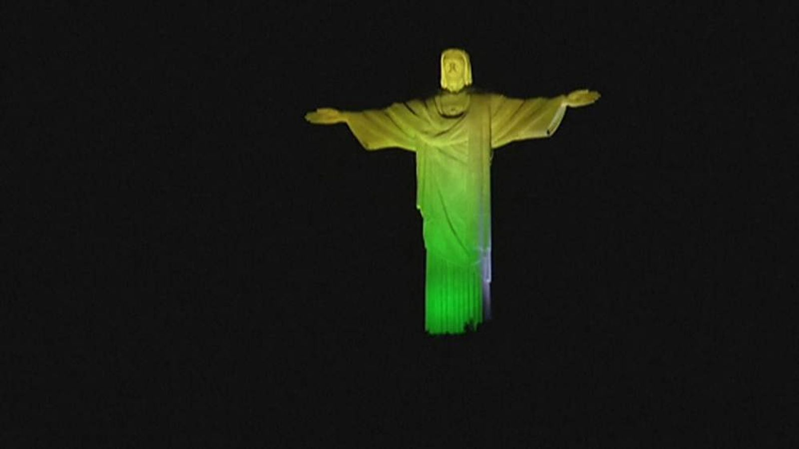 Christ the Redeemer lit up for the World cup