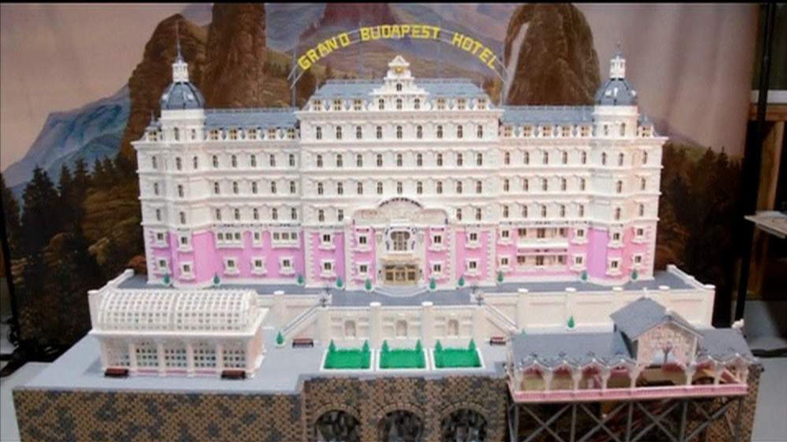 GRAND BUDAPEST HOTEL LEGO