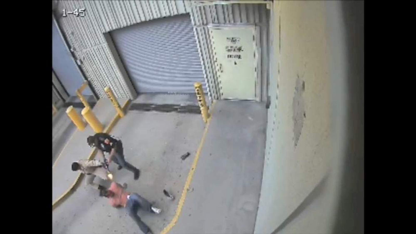 El Paso Texas police officer shoots handcuffed prisoner