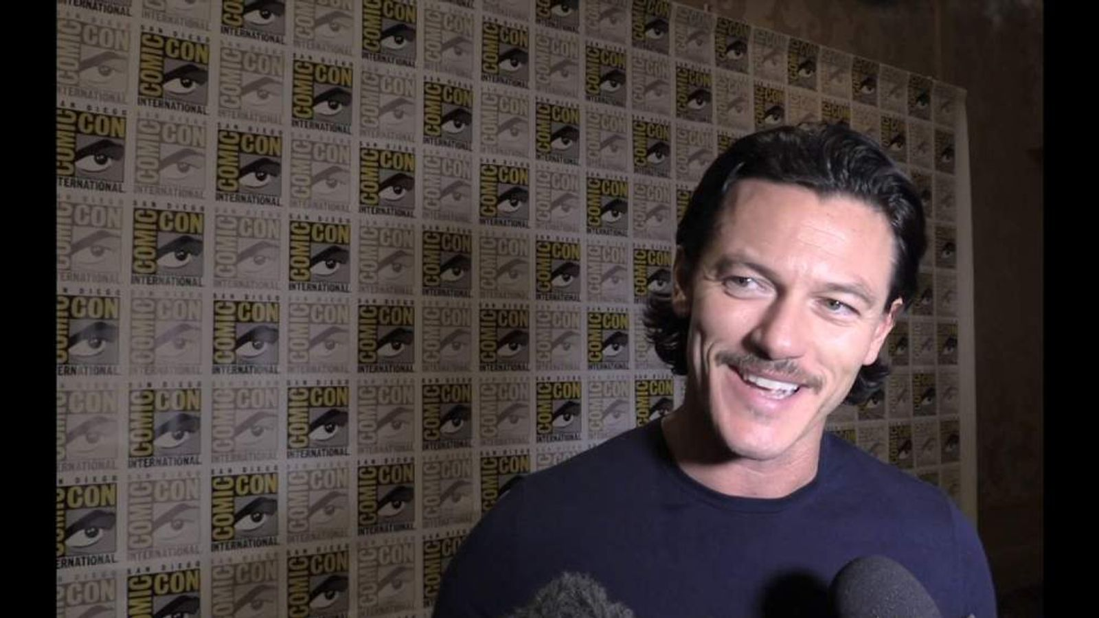 THe Hobbit's Luke Evans at Comic-Con