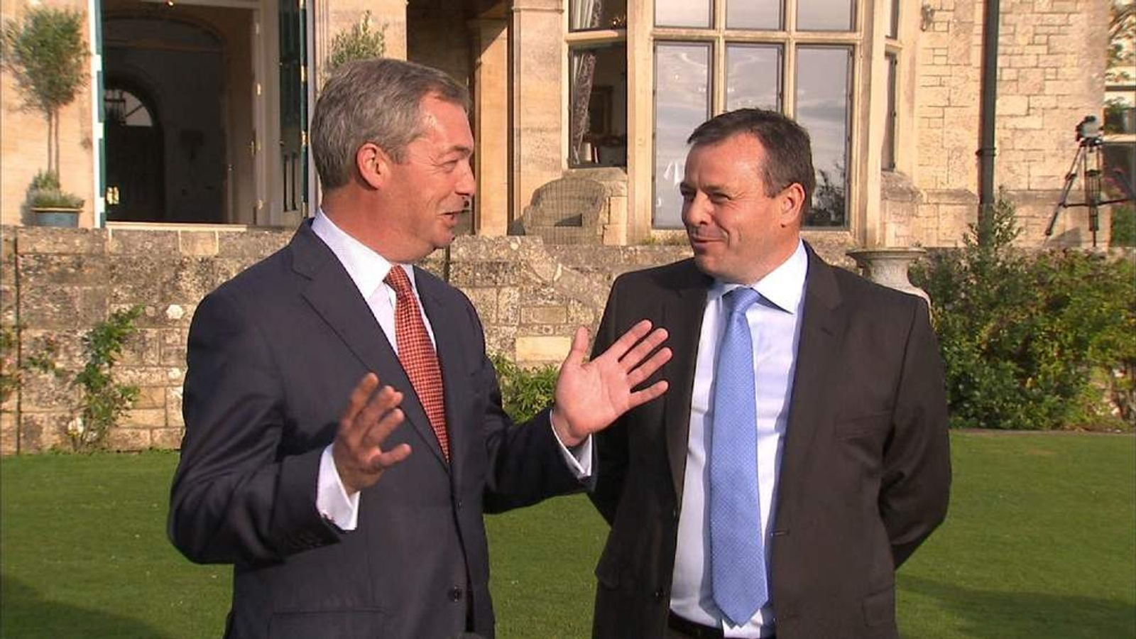 Nigel farage welcomes a £1 million donation from Arron Banks