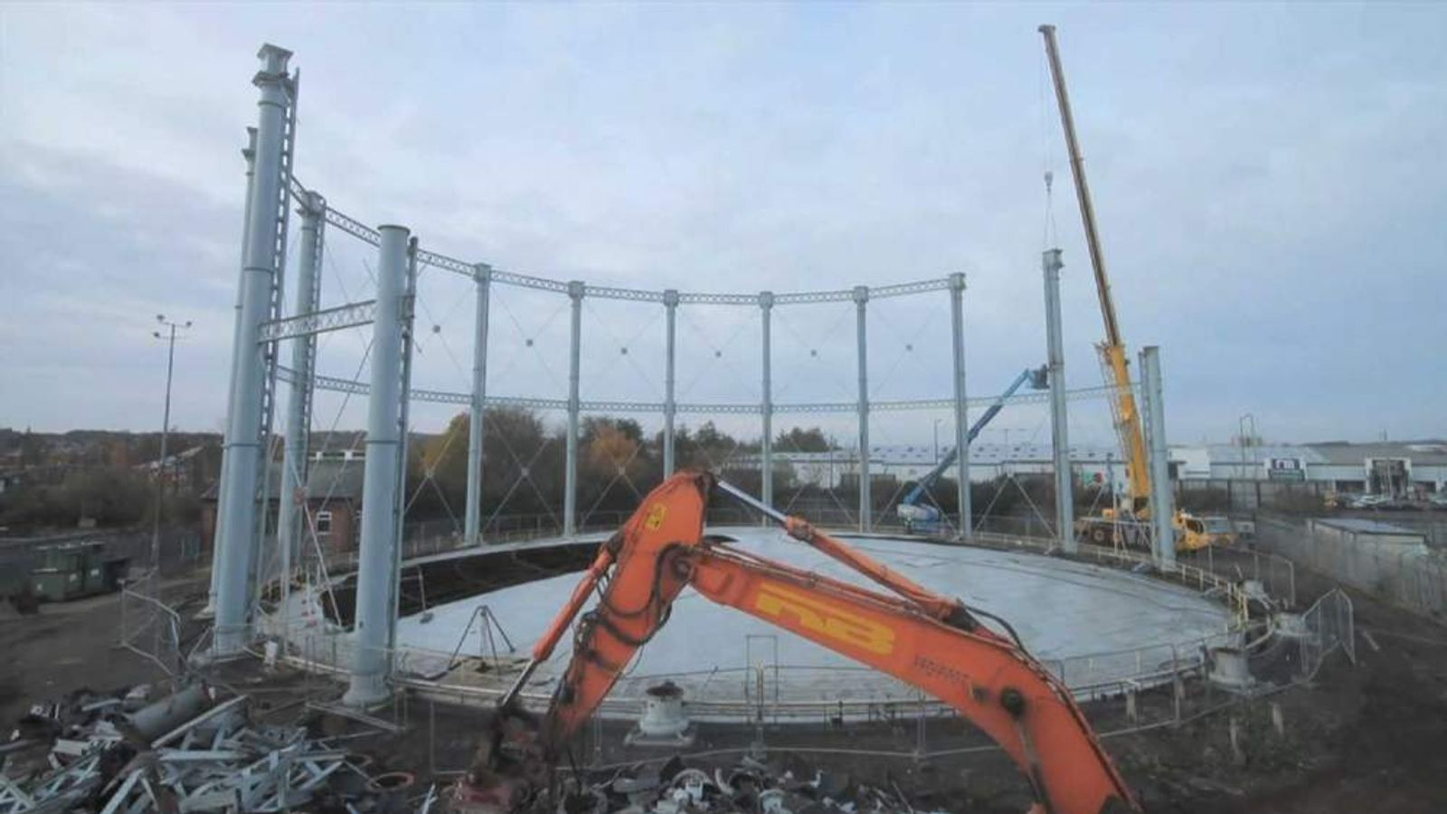 Timelapse Footage Of A Gas Holder Being Dismantled
