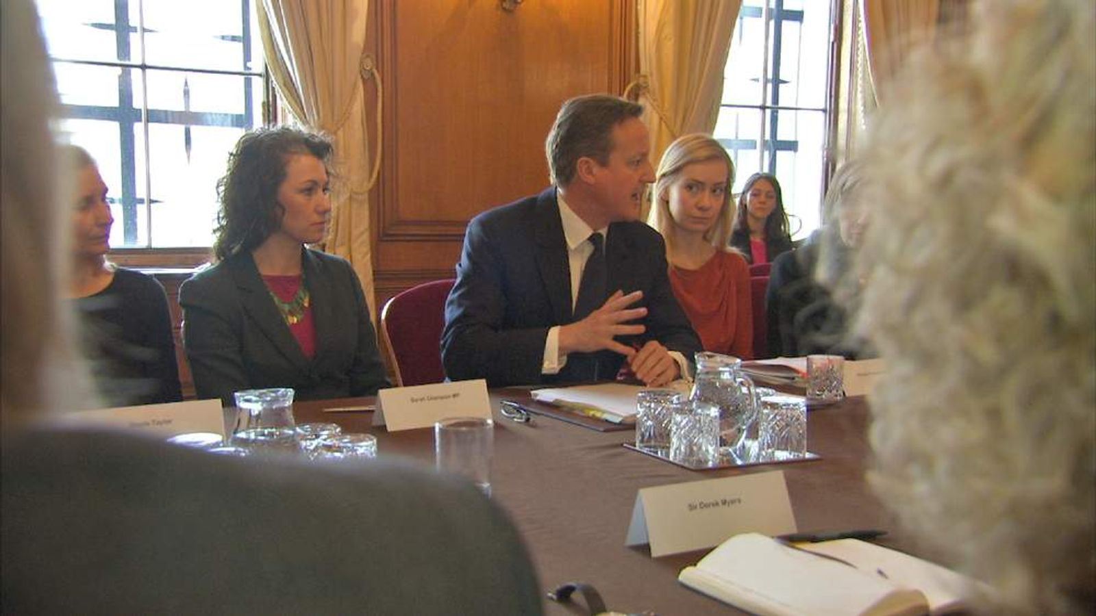PM Meets Politicians and officials at Downing Street