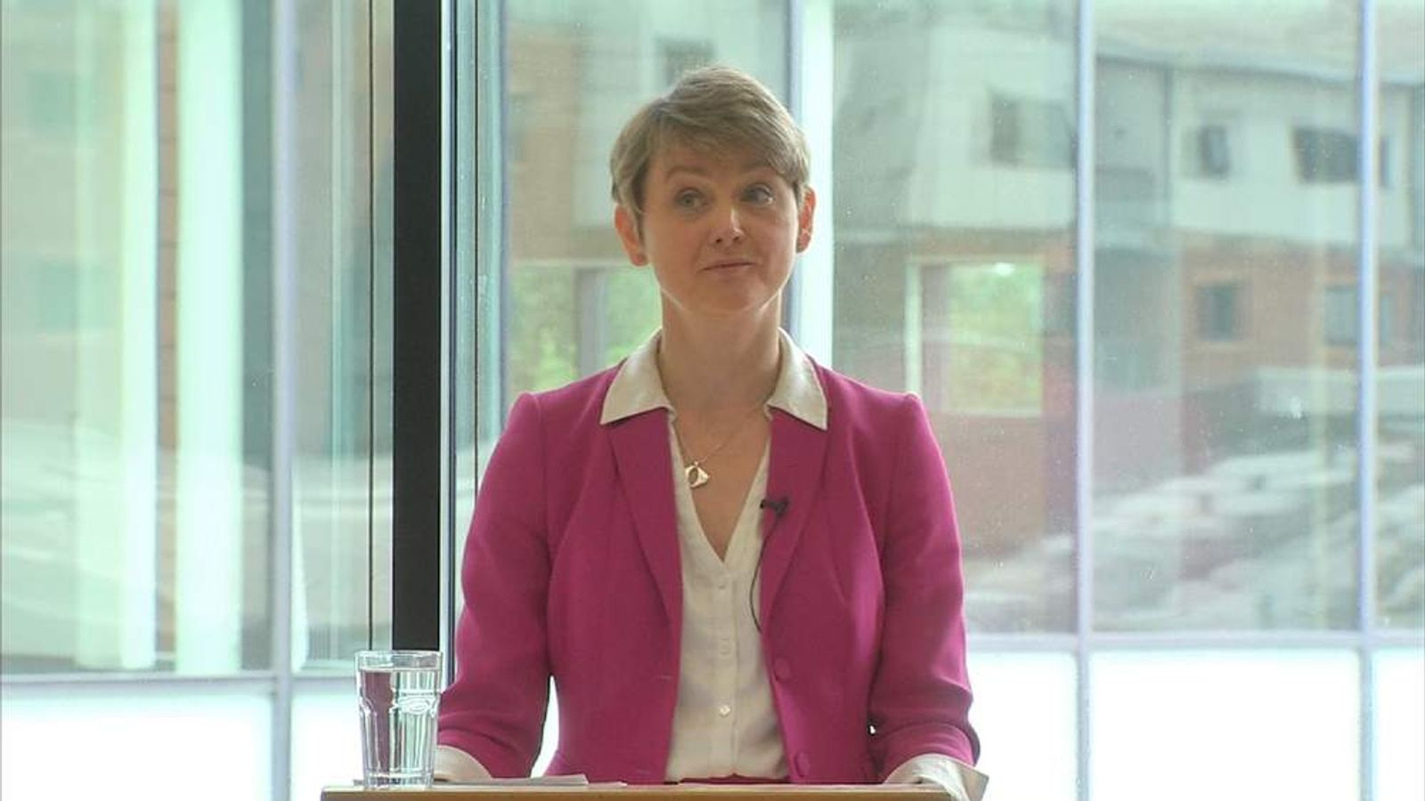 abour leadership contender Yvette Cooper addresses supporters