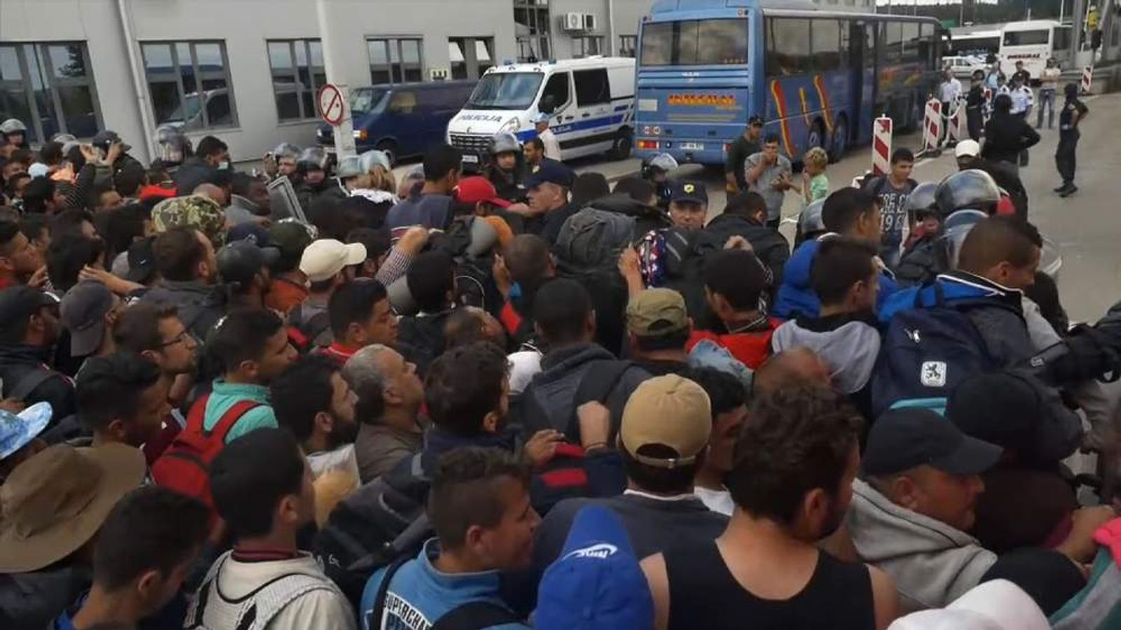 Chaos at Slovenian border