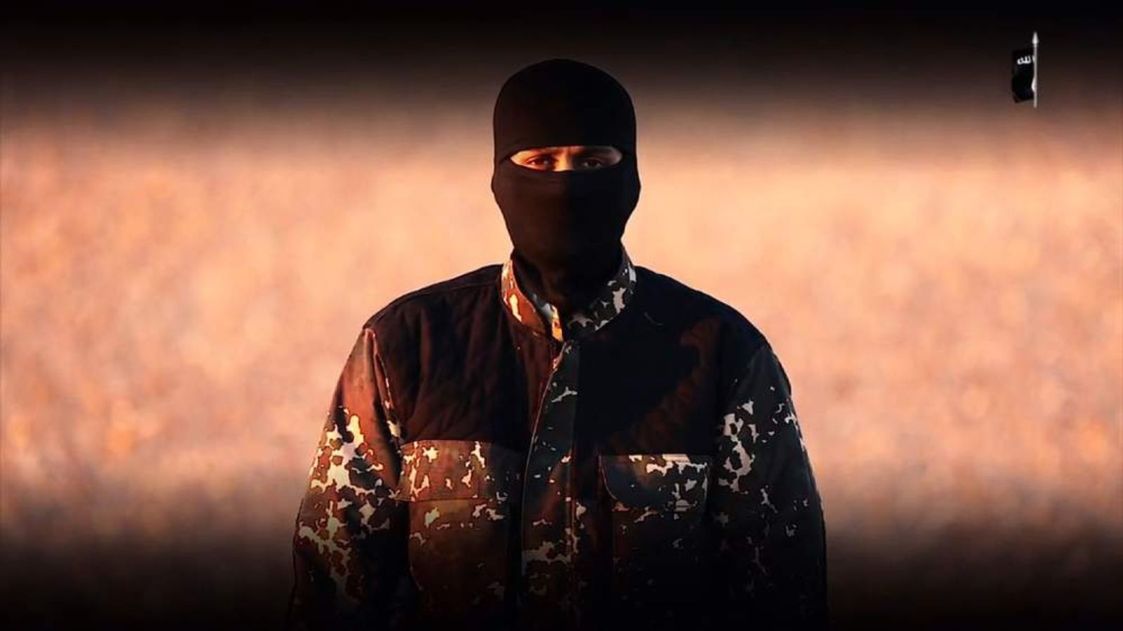 Apparent Islamic State militant in new video