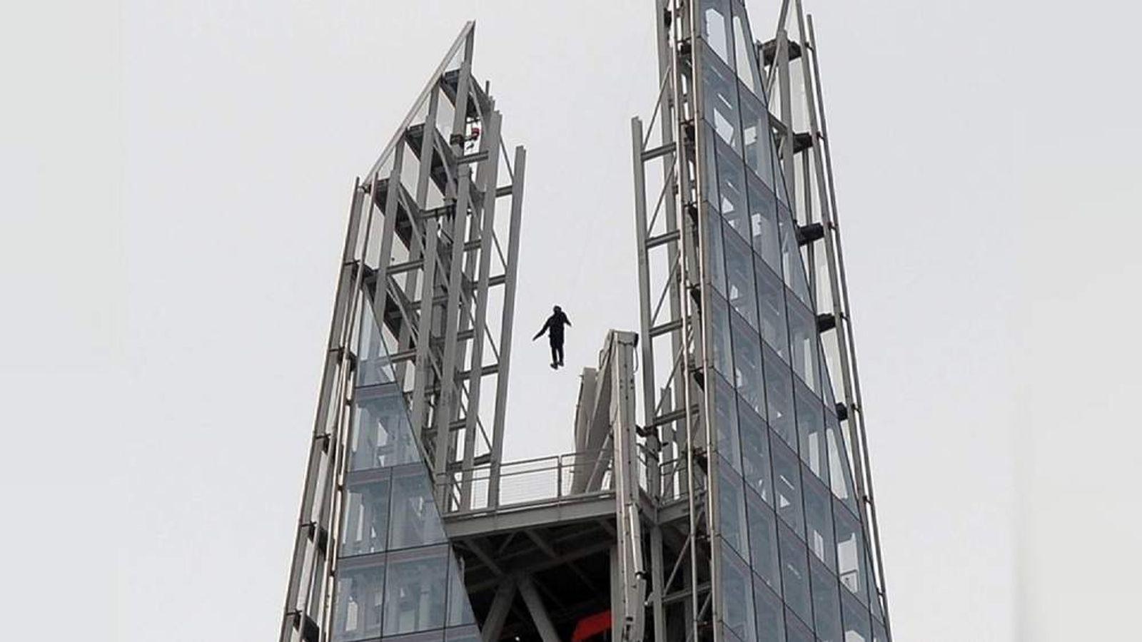 Dynamo Shard stunt.