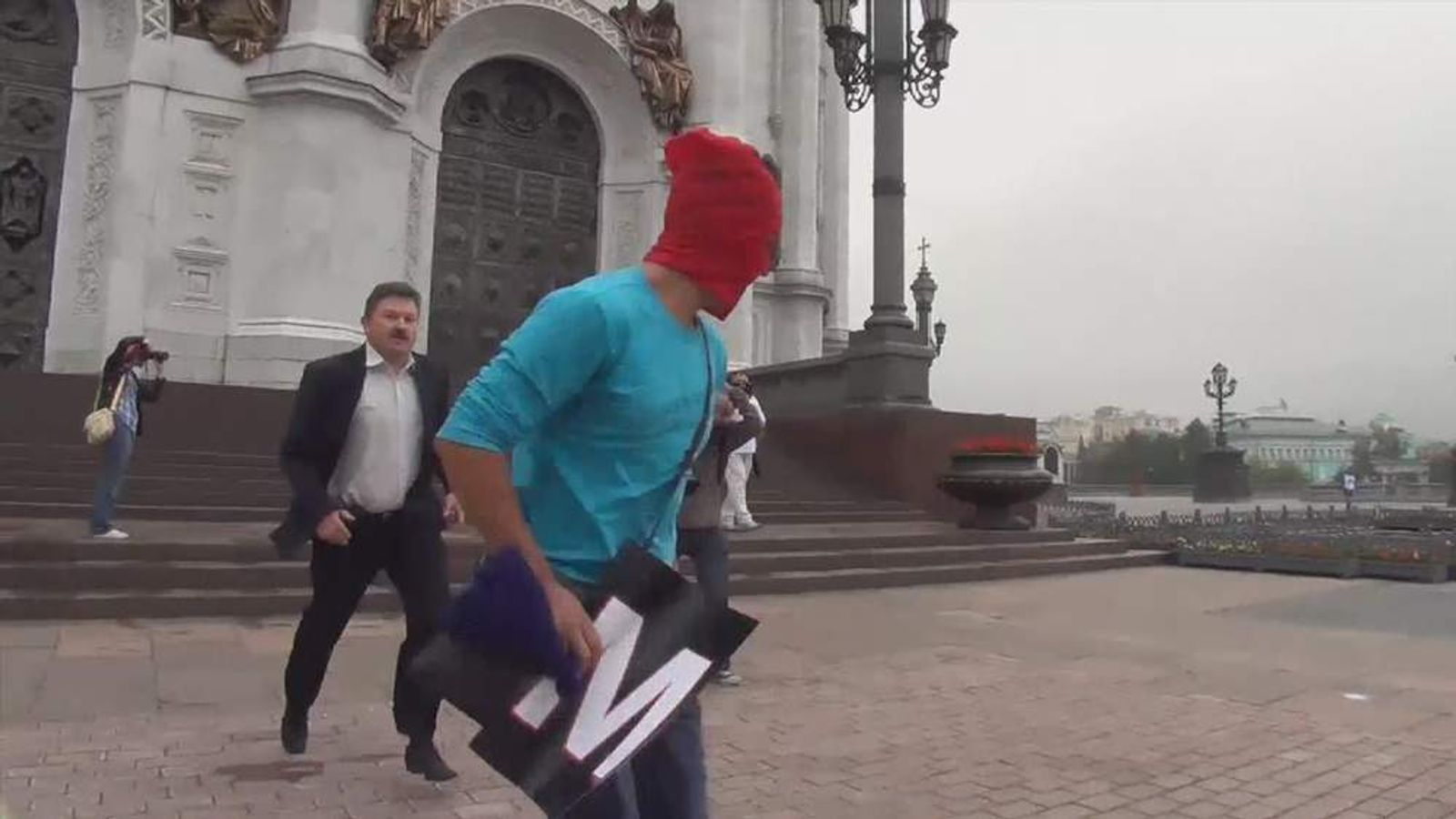 Pussy Riot supporter at Moscow cathedral