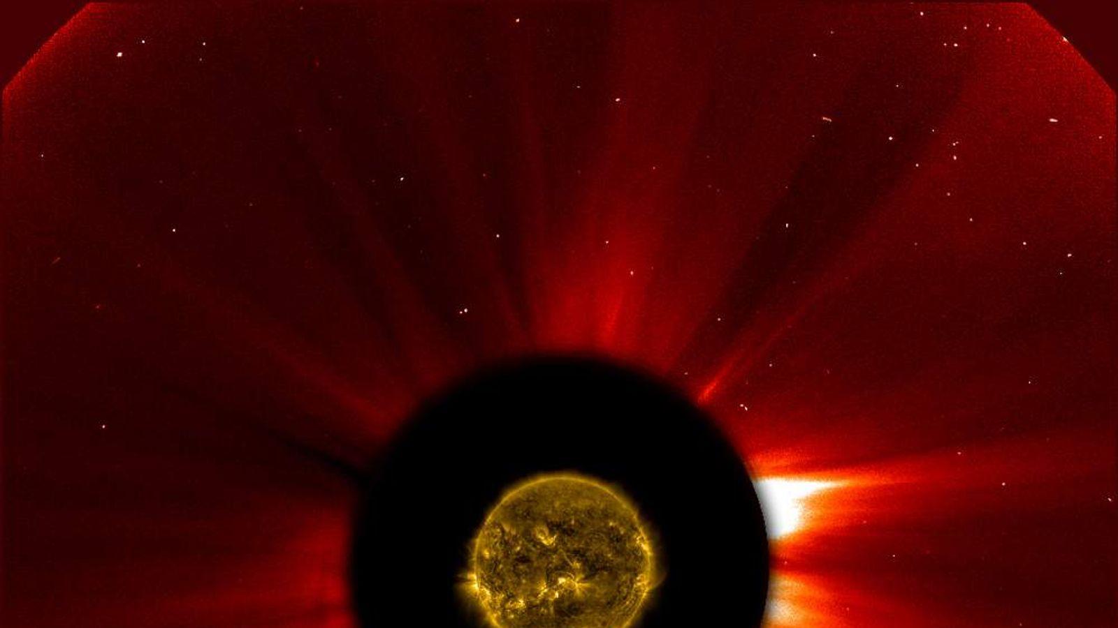 Comet Ison hours before the close encounter (pic: ESA&NASA/SOHO/SDO)