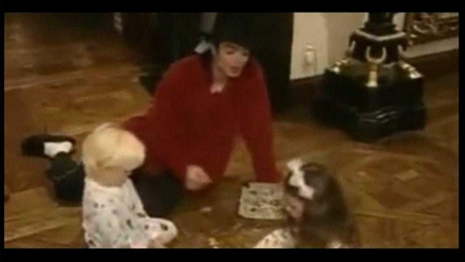 Michael Jackson with children Prince and Paris
