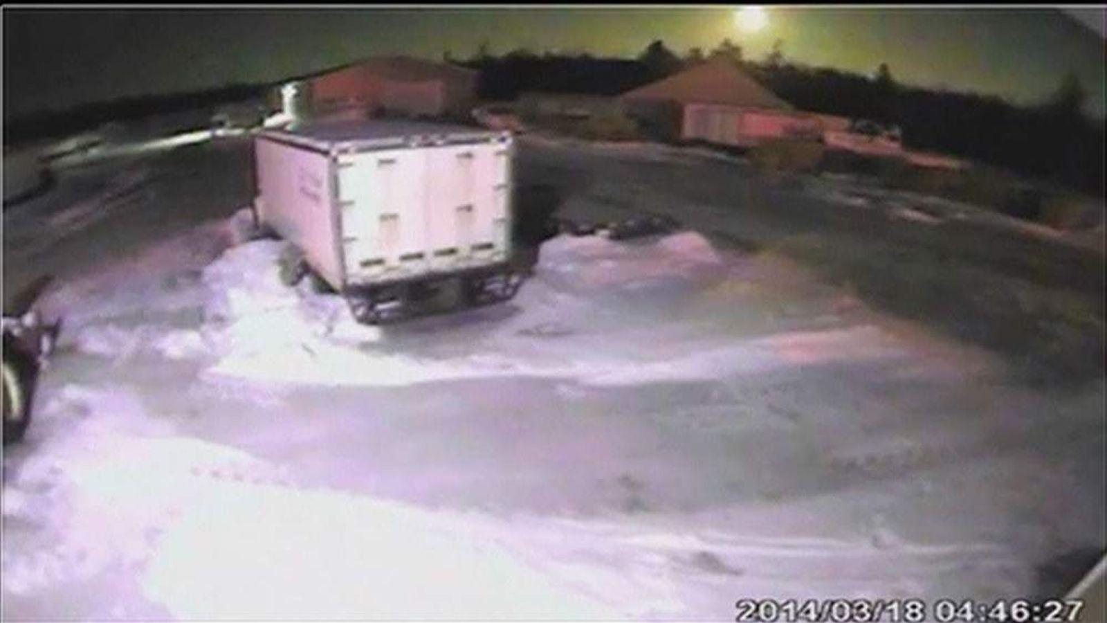 Meteor passes over Nova Scotia Pic: Nova Scotia Webcams