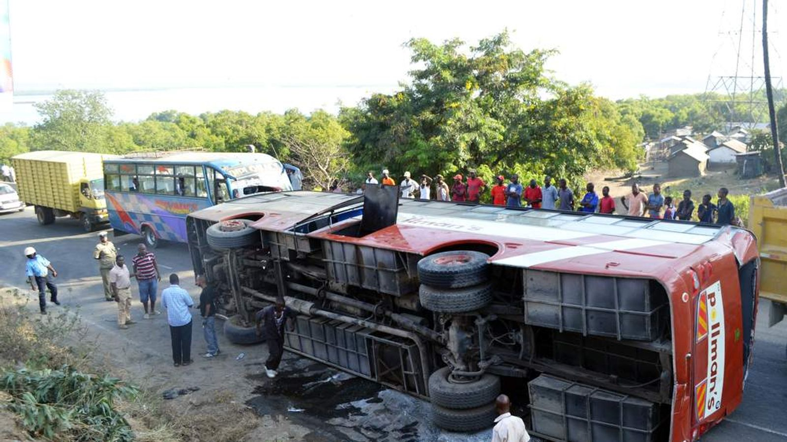 KENYA-ACCIDENT-BUS