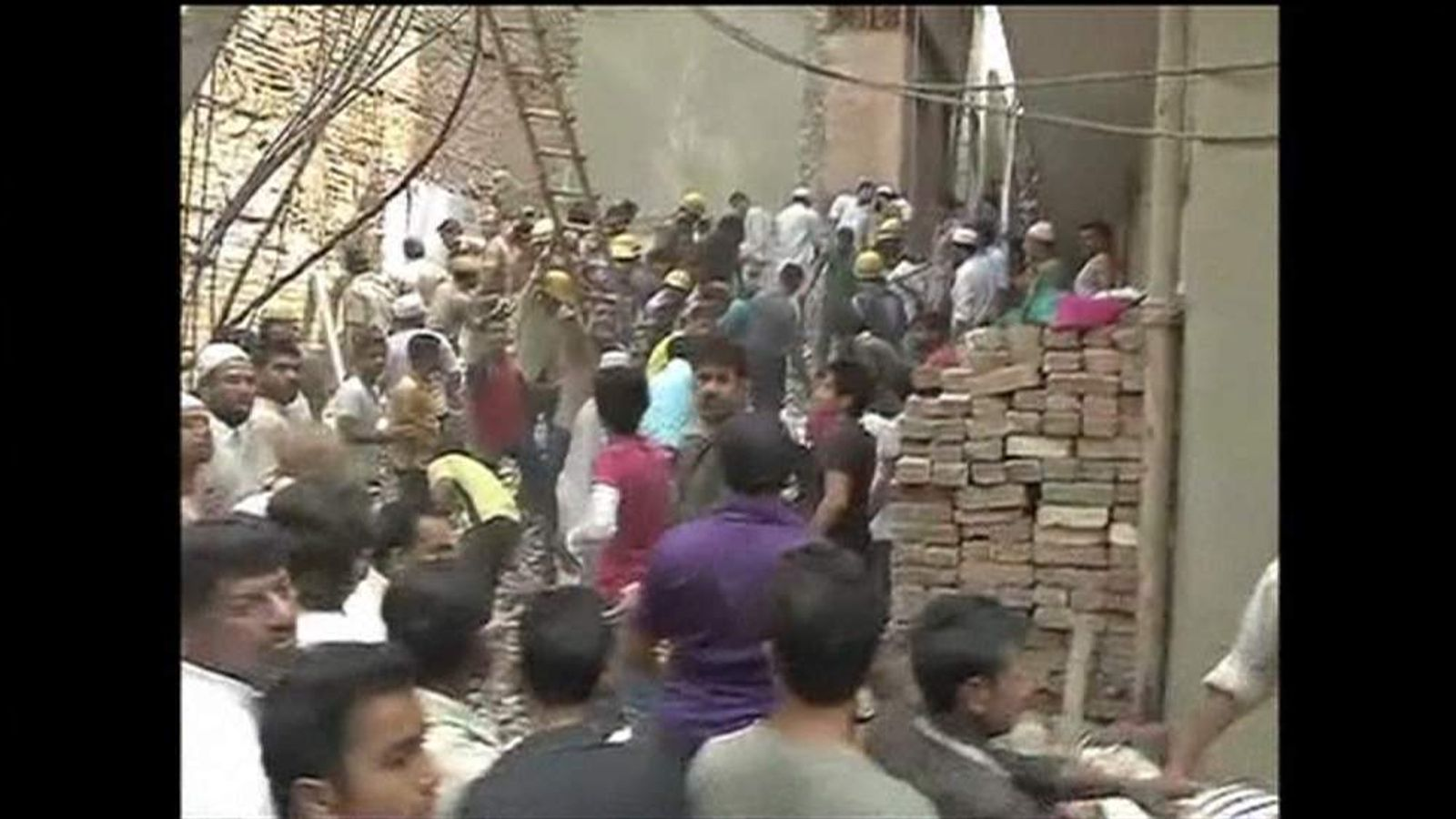 Fatal India building collapse