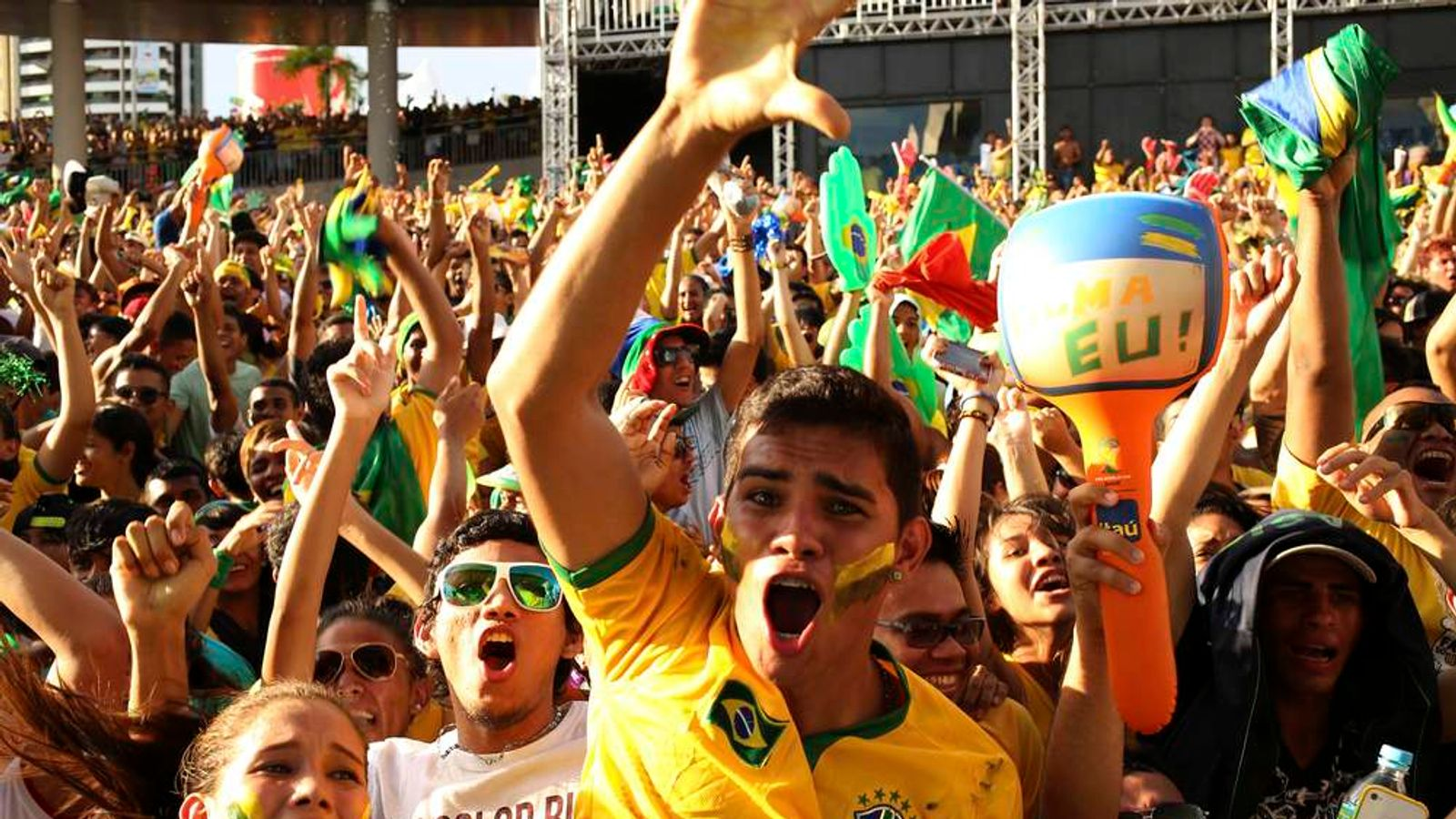Brazilian Fans Celebrat Goal At Eventy In Manaus