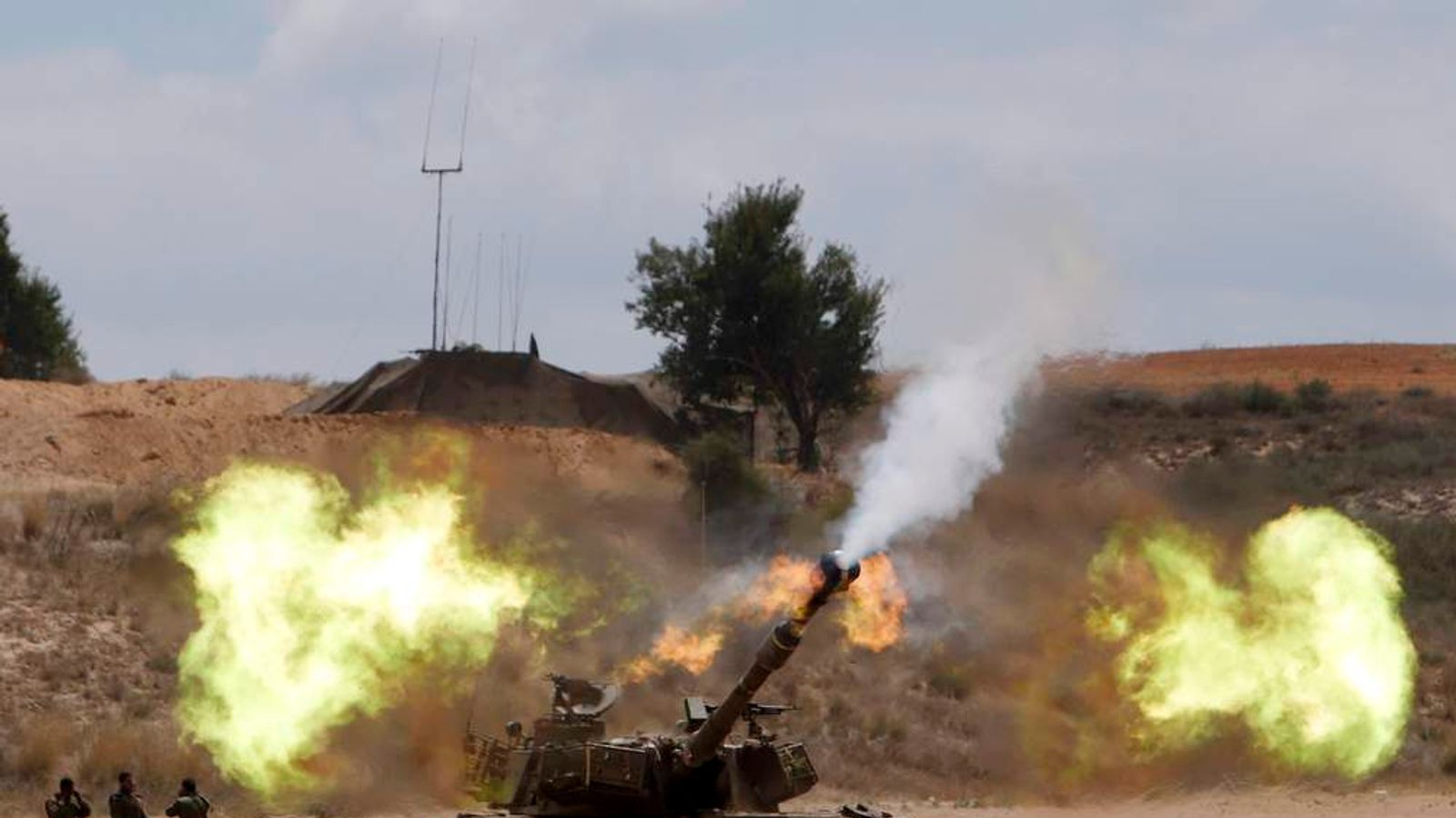 Israel launches ground offensive.
