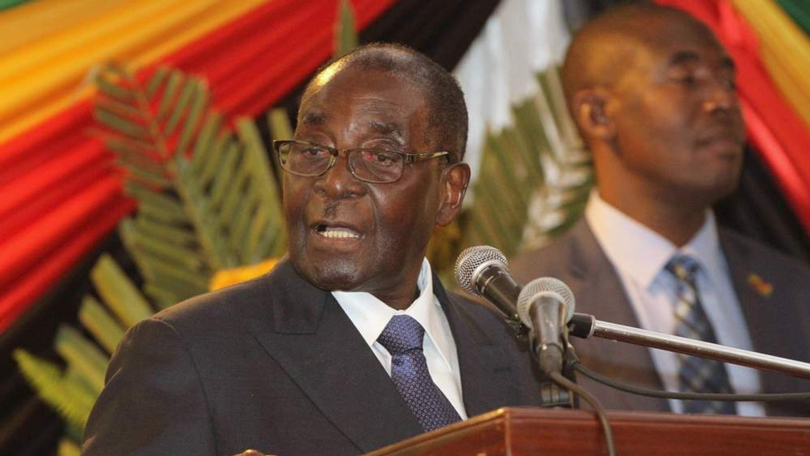 Zimbabwe's President Mugabe gives the speech he intended to make at parliament on Tuesday, at a hotel in the Zimbabwean capital Harare