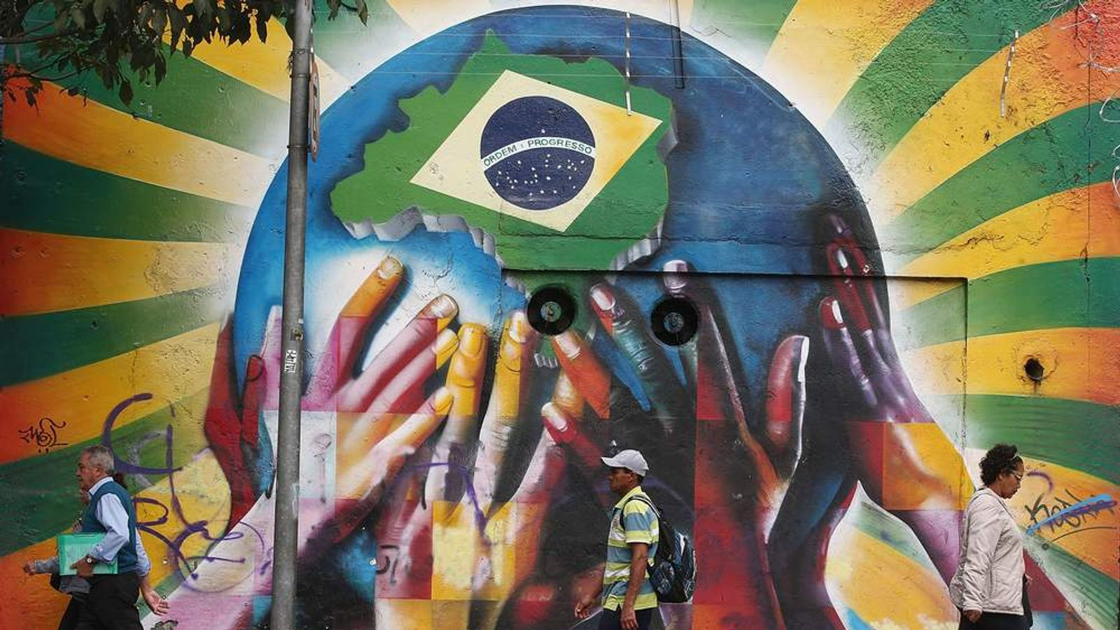World Cup street graffiti in Sao Paulo