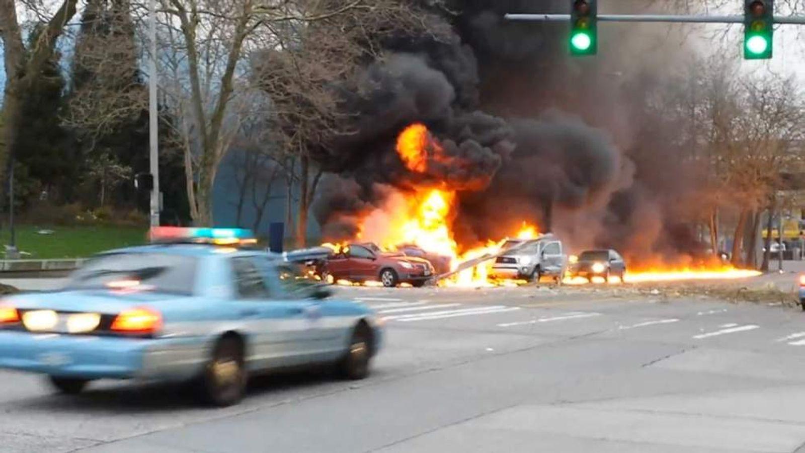 KOMO-TV Helicopter crash in Seattle Pic: Alex McBurney