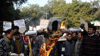 Protesers burn effigy of Indian spiritual guru Asharam