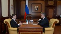 Dmitry Medvedev meets with Sergei Aksyonov in Simferopol