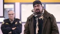 Steven Seagal trains Arizona school guards