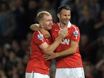 Manchester United teammates Ryan Giggs and Paul Scholes