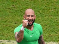Tim Howard gestures after a 1-0 defeat to Germany at the 2014 Fifa World Cup