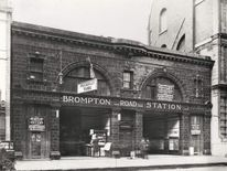 The entrance to Brompton Road Underground station in 1907