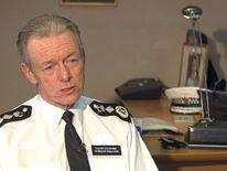 MET POLICE COMMISSIONER SIR BERNARD HOGAN-HOWE