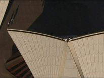 Man rescued from Sydney Opera House in Australia