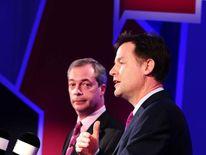 Nick Clegg (R) and Nigel Farage (L) in TV debate