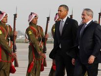 Jordan foreign minister greets Barack Obama
